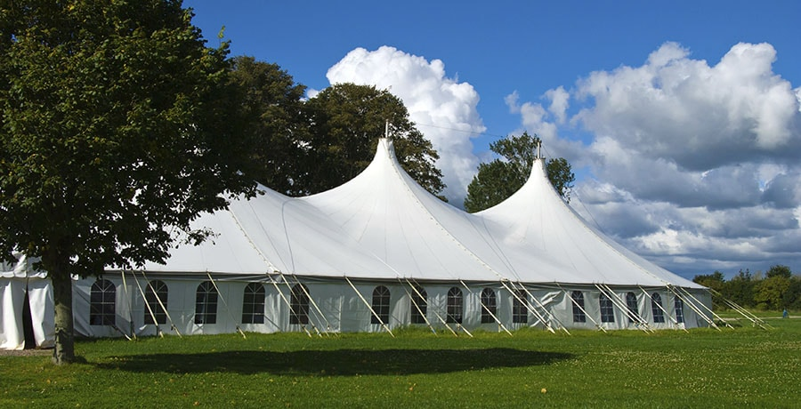Tent Rentals: What You Need To Know About Party Tents